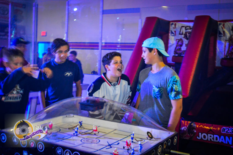 Fotoboyz Dome Hockey Rentals