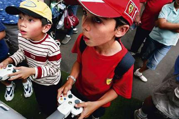 Arcade_Console_Gaming2