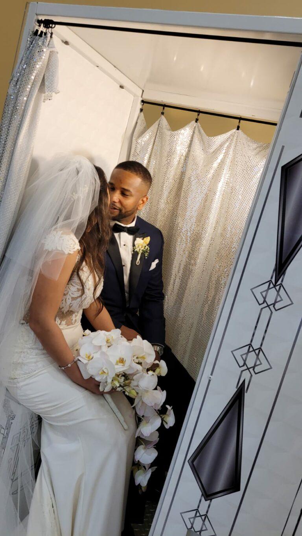 Wedding White vintage Photo Booth Couple